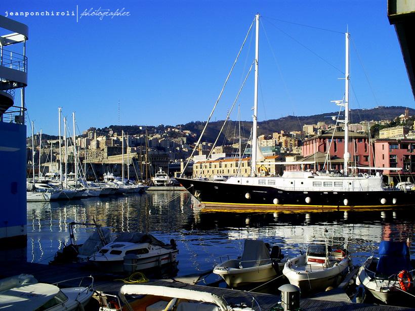 G nova a cidade de crist v o colombo guia da it lia - Genova porta principe ...